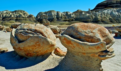 Bisti Badlands New Mexico cracked eggs