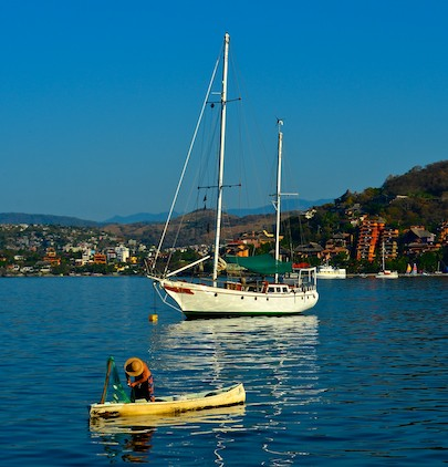 Zihatanejo Bay fisherman canoe ketch living aboard Mexico