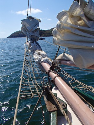 cruising blog Mexico schooner bow sprit Zihuatanejo Sail Fest