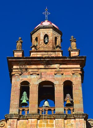 Patzcuaro Mexico church cruising blog
