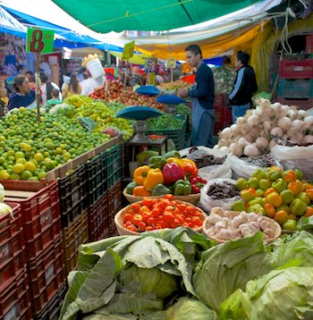 Patzcuaro Mexico indian market cruising blog
