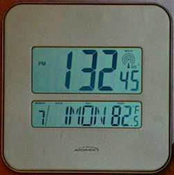 Atomic clock with wrong date