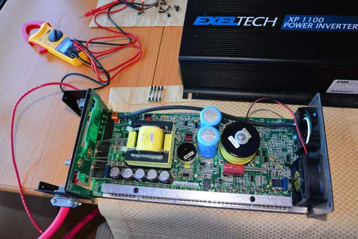 Exeltech Exeltech XP 1100 inverter opened up