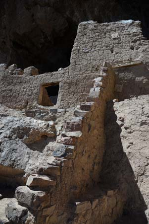Tonto National Monument cliff dwellings