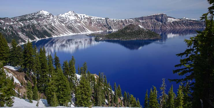 Gorgeous water view at Crater Lake National Park