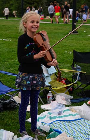 A young violinist plays her own concert in Sun Valley ID