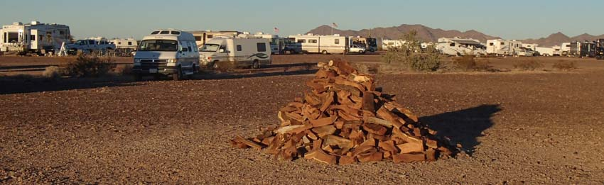 Campfire wood and boondocking in Quartzsite Arizona