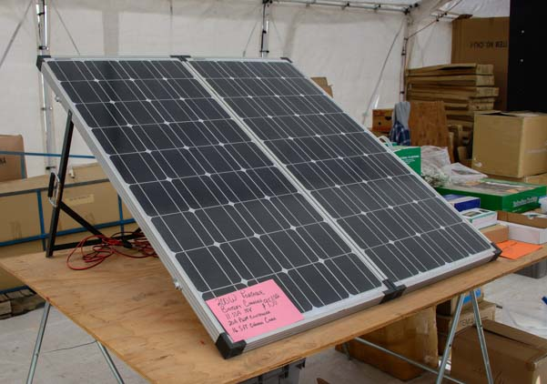 Portable folding solar panel kit for an RV