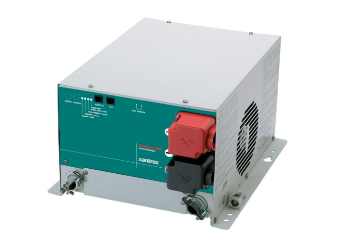 Schneider Electric 2500 watt inverter : charger