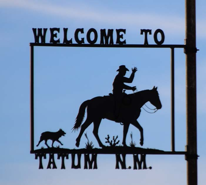 Welcome to Tatum New Mexico metal art sign
