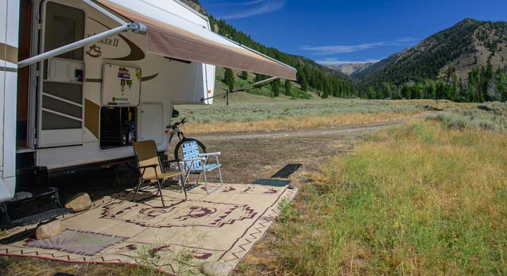 RV Patio mat defines outdoor space while camping
