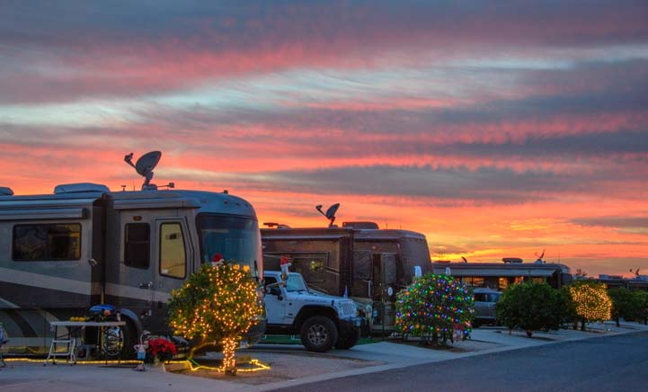 RV park Christmas Lights ViewPoint RV & Golf Resort Arizona