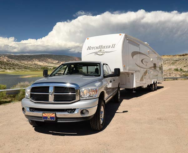 2007 Dodge Ram 3500 truck with 2007 36' Hitchhiker Fifth Wheel Trailer RV