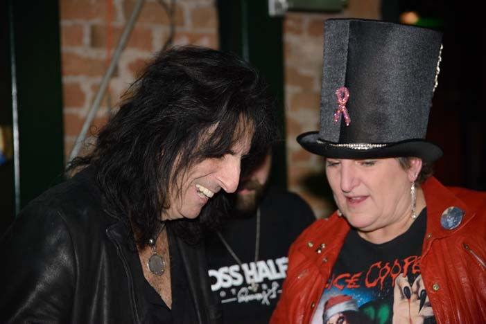 Alice Cooper with a fan in Phoenix Arizona