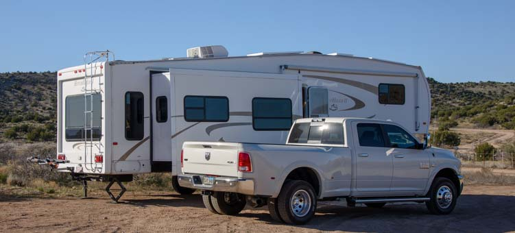 2016 Ram 3500 dually and 36' fifth wheel trailer RV