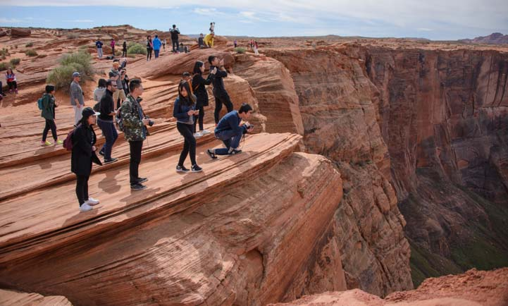 People at Horseshoe Bend Arizona