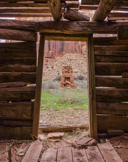 Tiny house outdoor fireplace hearth Canyonlands Needles Utah