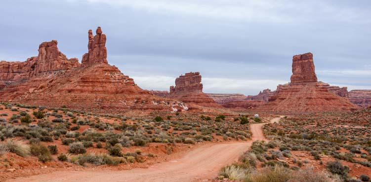Valley of the Gods Utah Scenic Drive