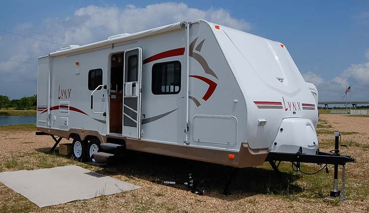 2007 Fleetwood Lynx travel trailer for ful-time RV living