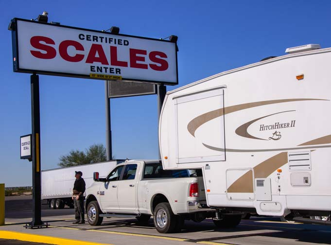 Weighing a fifth wheel RV on a truck scale