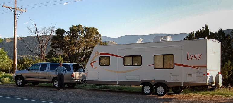 Fleetwood Prowler Lynx travel trailer for full-time RVing