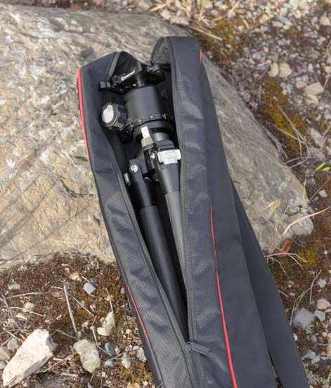 Sunwayfoto T2C40C Tripod in padded carrying case