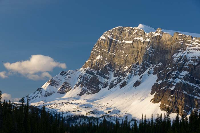 Banff National Park Rocky Mountains Icefields Parkway_