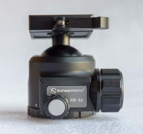 Sunwayfoto XB-52DL Ballhead for camera tripod