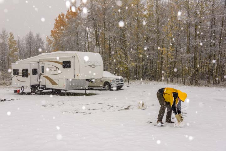 Winter RV tips for staying warm in cold weather