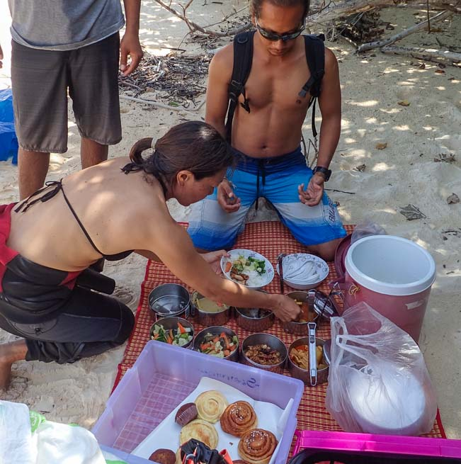 Thai lunch break Dive and Relax Snorkeling Tour Ko Rok in Ko Lanta Thailand