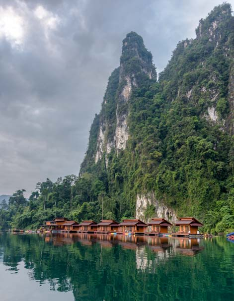 Greenery Panvaree Floating Raft House Resort Cheow Lan Lake Chiewlarn Lake Khao Sok National Park Thailand