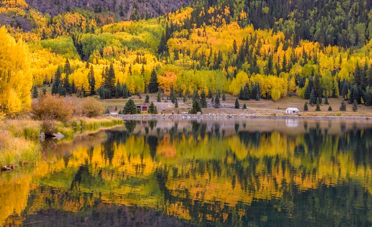 Fall foliage golden aspen San Juan Skyway Colorado RV trip