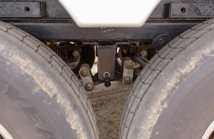 Equalizer bolt walks out of fifth wheel suspension