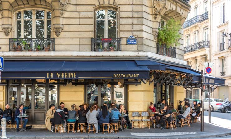 Dining on the streets in Paris