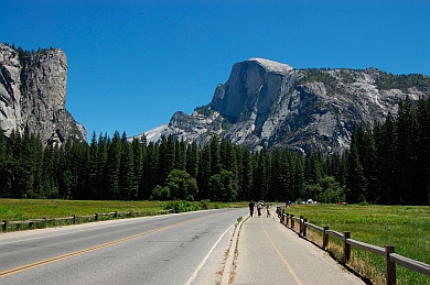 Bike paths and bike trails in Yosemite National Park CA California