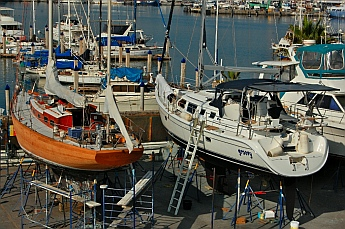 Taurus a 1968 German Frers 49' wooden yacht and sv Groovy a 2008 Hunter 44DS