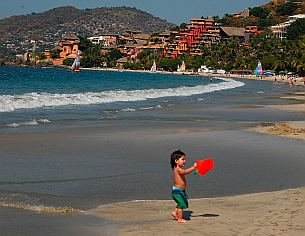 Playa La Ropa anchorage, Zihuatanejo, Guerrero, Mexico