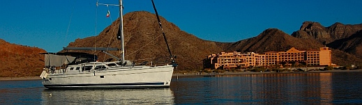 Groovy anchored in front of Villa del Palmar Resort, Ensenada Blanca, Baja California Sur, Sea of Cortez, Mexico