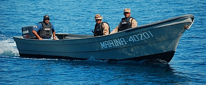 We are greeted by the Mexican Navy outside La Paz, BCS, Mexico