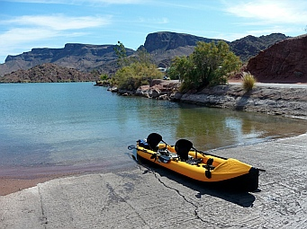 Lake Havasu, Arizona - perfect for kayaking with a Hobie i14t inflatable tandem kayak