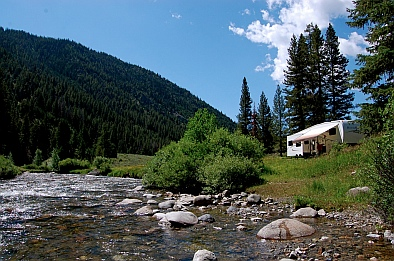 There is nothing better than boondocking on the gorgeous public lands of the US National Forests and BLM.
