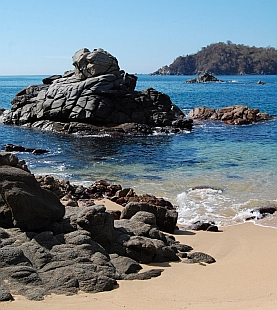 La India cove, Bays of Huatulco, Mexico