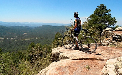 Looking out at the views from the Mogollon Rim, Arizona