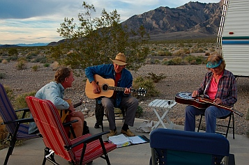 Outside Death Valley CA California great RV boondocking with the Escapees Boondockers BOF