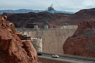 Fulltime RV travels: Hoover Dam Nevada NV / AZ Arizona seen from our RV
