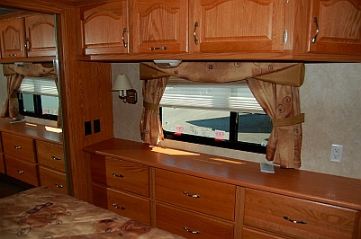 Fifth wheel bedroom slideout NuWa Hitchhiker 5th wheel RV