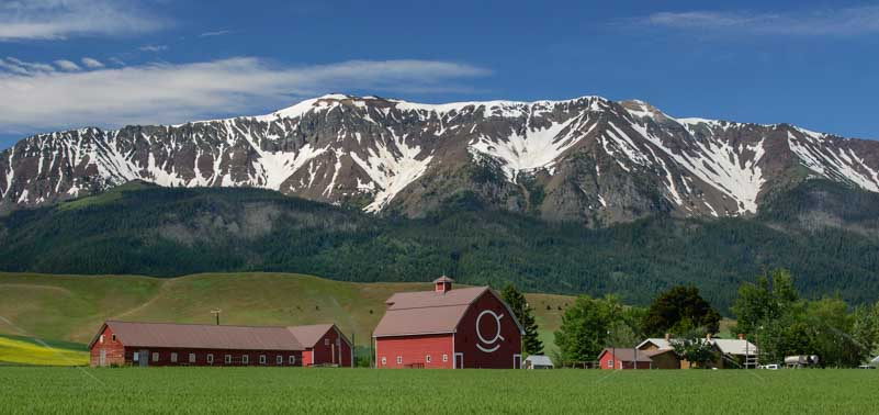 Joseph Oregon barns and mountains and RV living and travel stories-min