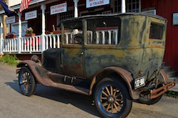 Virginia City, Montana, antique car