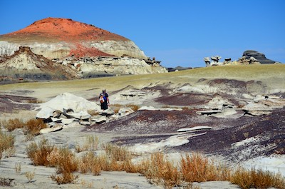 Bisti Badlands hiking in the wash