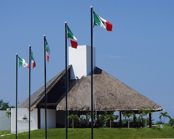Marina Chiapas Porto Bello Restaurant Mexican Flags